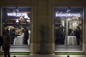 Signorvino by Night...