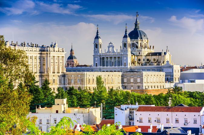 viator-exclusive-early-access-to-royal-palace-of-madrid-in-madrid-333728